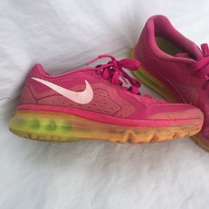 Nike Air Max running Athletic training shoe 6.5